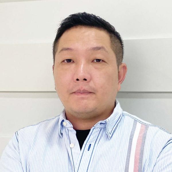 Jin-Sheng Yang